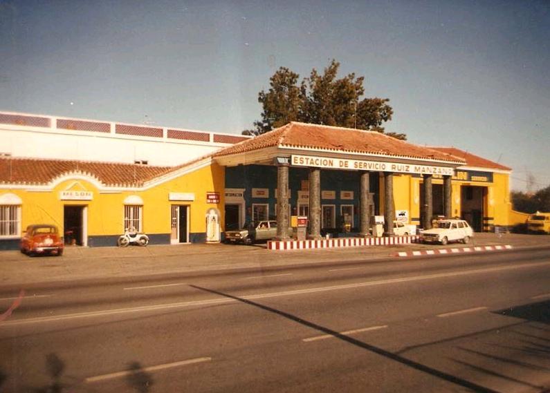 gasolinera ctral de alcantarilla